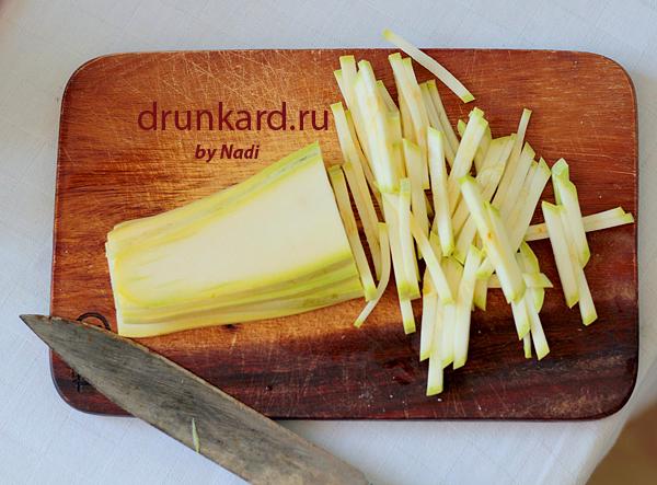 Паста с цуккини и творожным сыром
