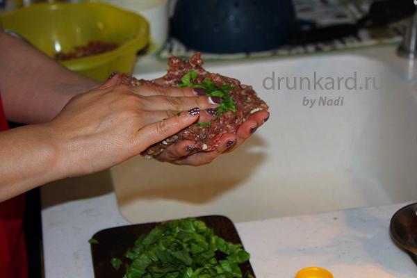Мясные зразы со шпинатом