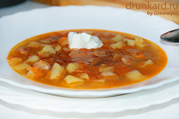 Острый картофельный суп с баварскими колбасками