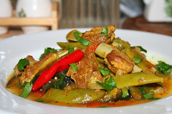 баранина тушеная с овощами в казане рецепт