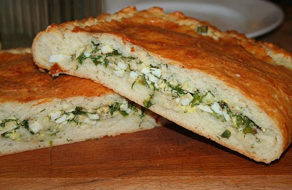 Быстрый (заливной) пирог с зелёным луком и яйцом ...