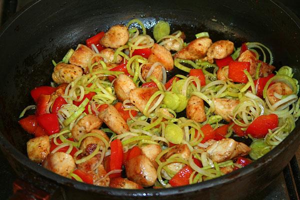 Теплый салат из рукколы и курицы — pic 7
