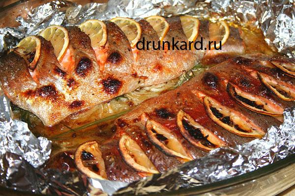 Что приготовить рыбу в фольге на углях