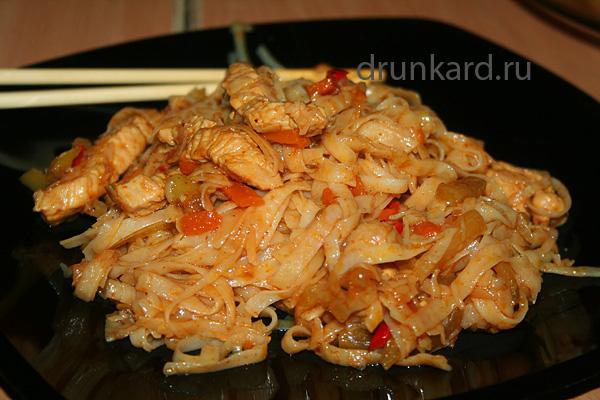 рецепт вок лапши с курицей и овощами и соусом терияки
